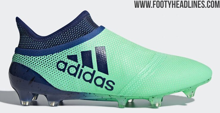 Barcelona players boots